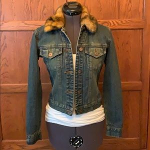 Denim jacket w/ removable faux fur collar, sz XS